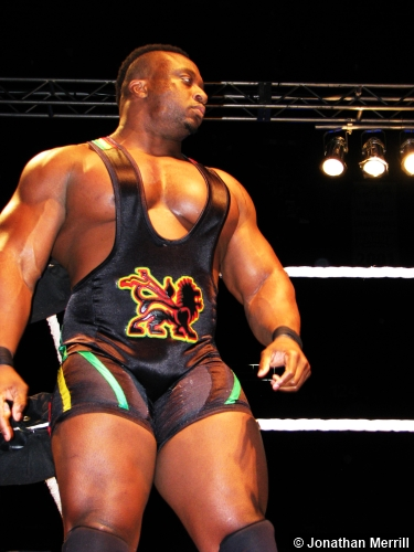 wwe-big-e-langston-ropes-120513