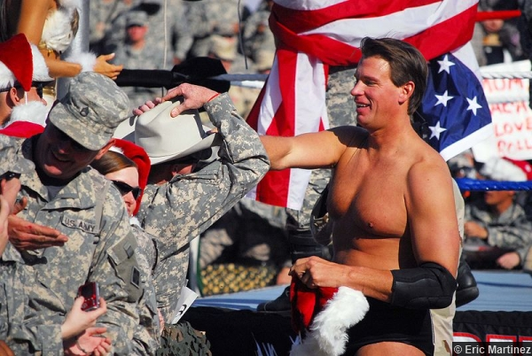 wwe-troops-john-layfield-jbl-iraq