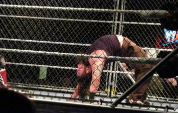 WWE Spoilers: Steel Cage Match Announced for Extreme Rules