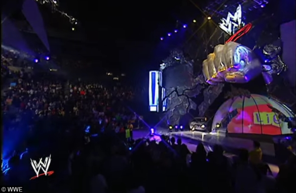 smackdown-fist-stage-set