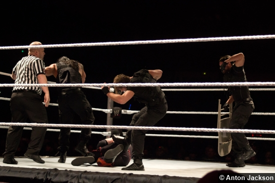 Wwe The Shield Attack 0402