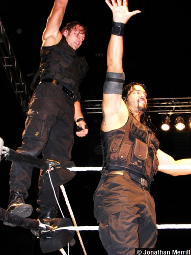 Wwe The Shield Dean Ambrose Roman Reigns Salute 120513