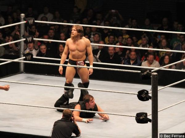 Wwe Daniel Bryan Dean Ambrose 2013 2