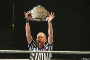 Wwe 23082013 Referee Mike Chioda World Title Belt