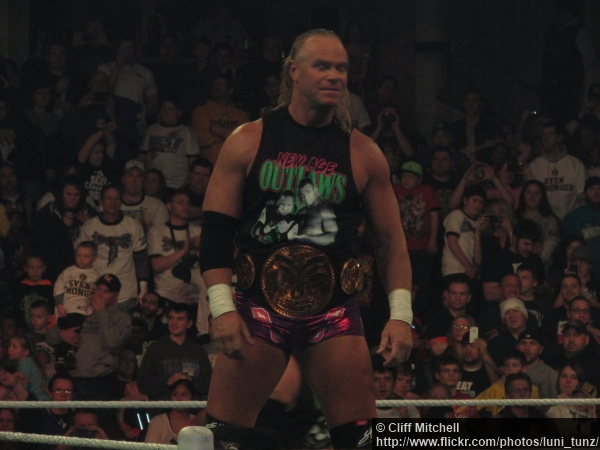 wwe-27012014-billy-gunn-tag-team-title