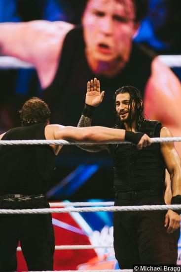 Wwe 0314 Shield Dean Ambrose Roman Reigns