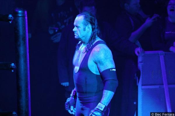 wwe-0420056-undertaker