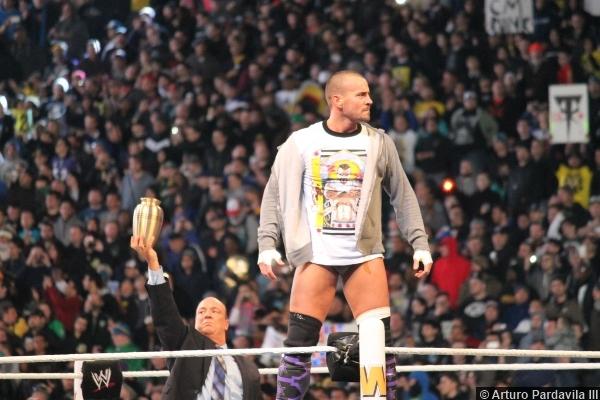 Wwe Wrestlemania 29 Cm Punk Paul Heyman Urn 2