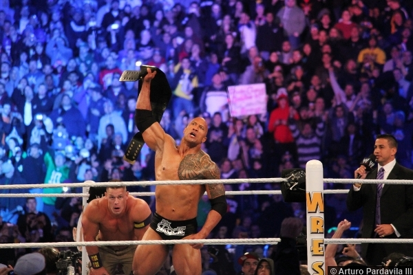 wwe-wrestlemania-29-john-cena-rock-title