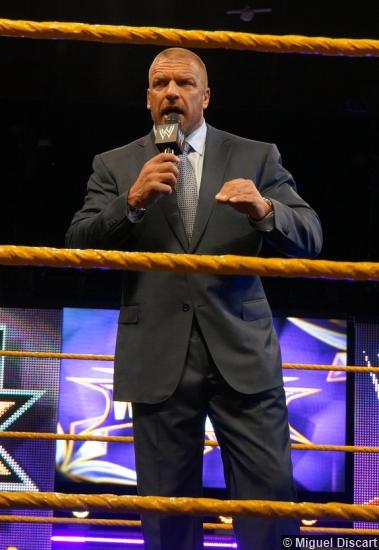 Wm 30 Axxess Triple H 4