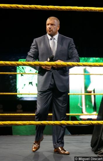 Wm 30 Axxess Triple H