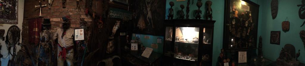 Voodoo Museum5