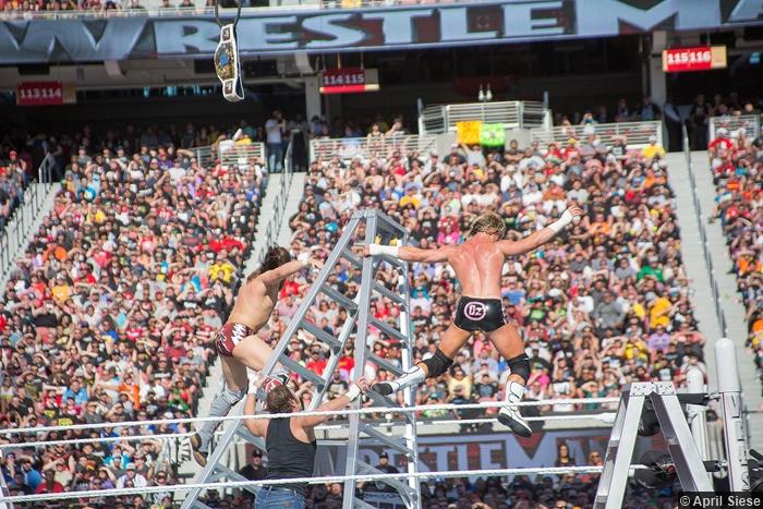 wrestlemania-31-daniel-bryan-dolph-ziggler-ladder-fall-dean-ambrose
