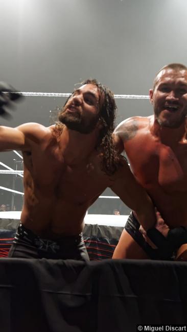 Seth Rollins Randy Orton 17042015