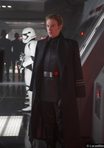 Star Wars Awakens Domhnall Gleeson General Hux