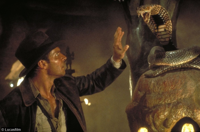 indiana-jones-temple-doom-harrison-ford-1