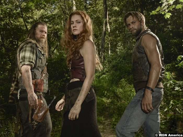 outsiders-gillian-alexy-ryan-hurst-joe-anderson-wgn