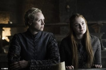game-of-thrones-s6-e5-gwendoline-christie-sophie-turner-sansa-stark-brienne-tarth