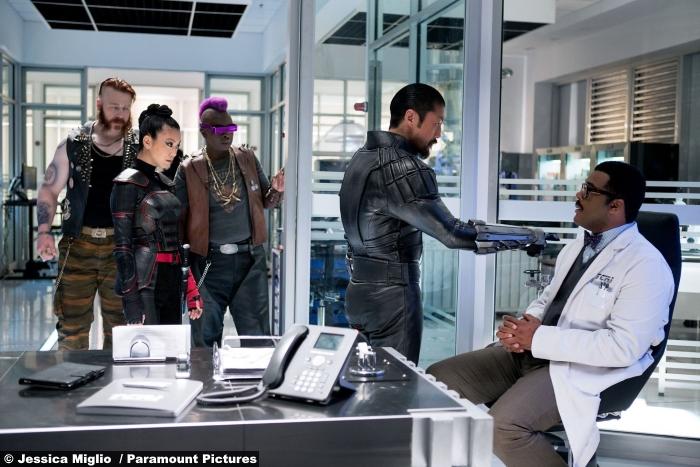teenange-mutant-ninja-turtles-shadows-bepop-rocksteady-shredder