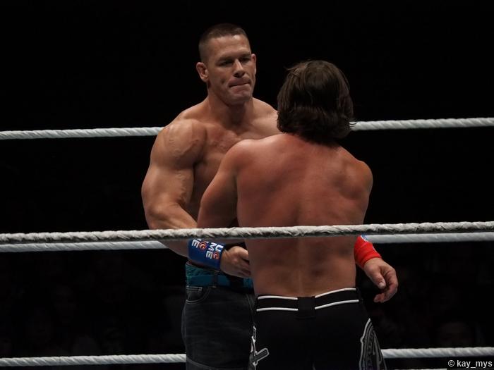 01072016 Aj Styles John Cena 4