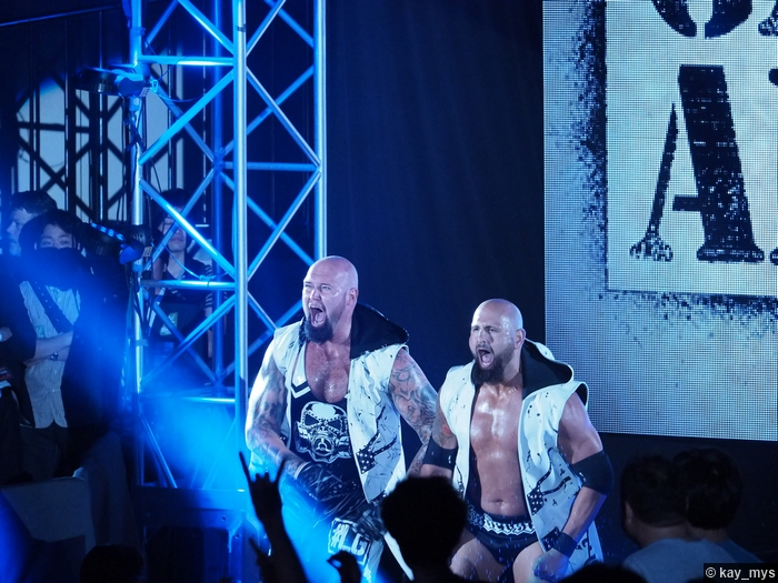 01072016 Club Luke Gallows Karl Anderson 2
