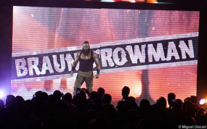 07092016 Braun Strowman Entrance