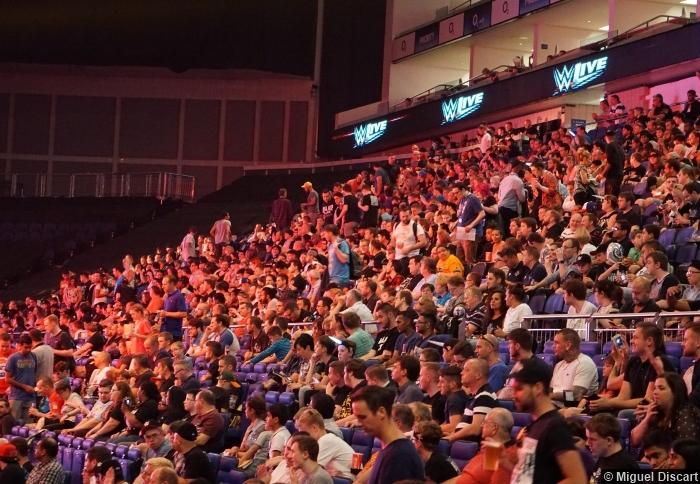 07092016 Wwe Crowd Audience