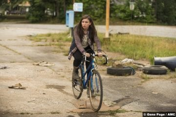 walking-dead-s07-katelyn-nacon-enid