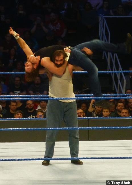 Luke Harper Dean Ambrose 201216