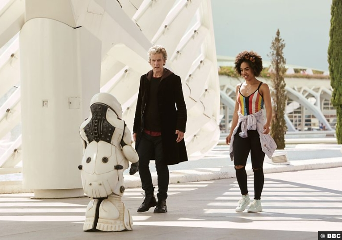 Doctor Who S10 E2 2