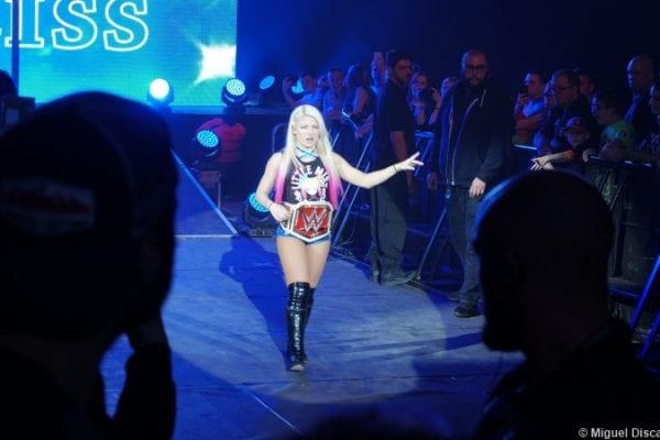 Alexa Bliss Raw Womens Title Belt 120517 2
