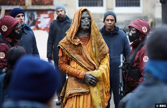 Doctor Who S10e8 Monk