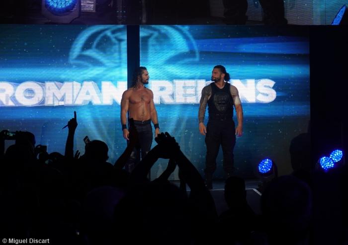 Seth Rollins Roman Reigns 120517 2