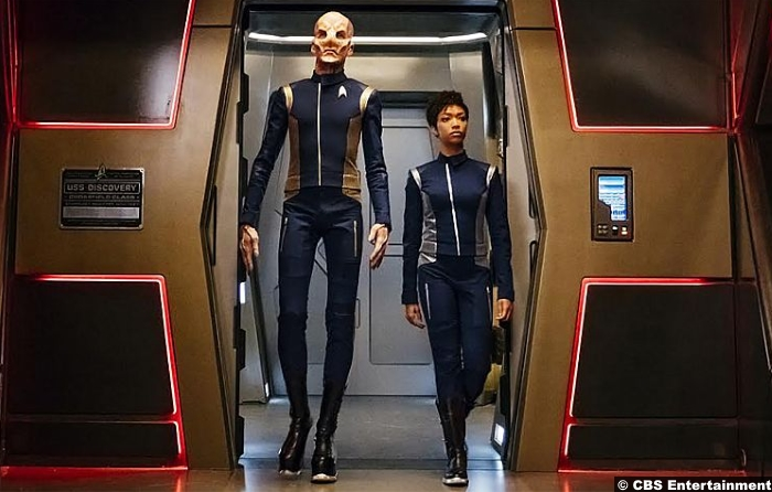 Star Trek Discovery Michael Burnham Saru Doug Jones Sonequa Martin Green