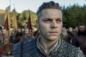 Vikings S5e10 Alex Hogh Andersen Ivar Boneless 2