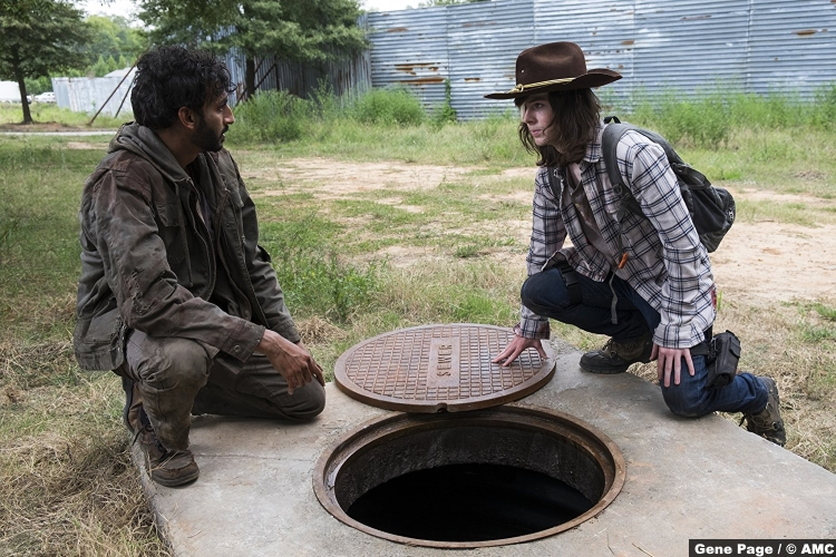 Walking Dead S08e9 Chandler Riggs Carl Grimes Avi Nash Siddiq