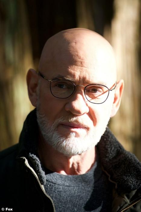 X Files S11e6 Mitch Pileggi Walter Skinner
