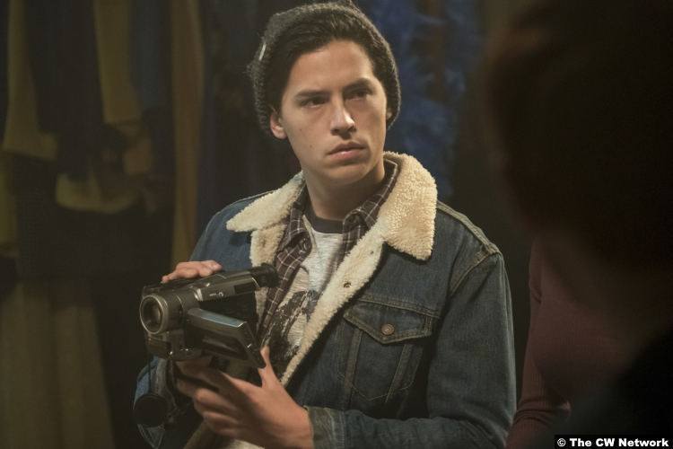Riverdale S02e18 Cole Sprouse Jughead
