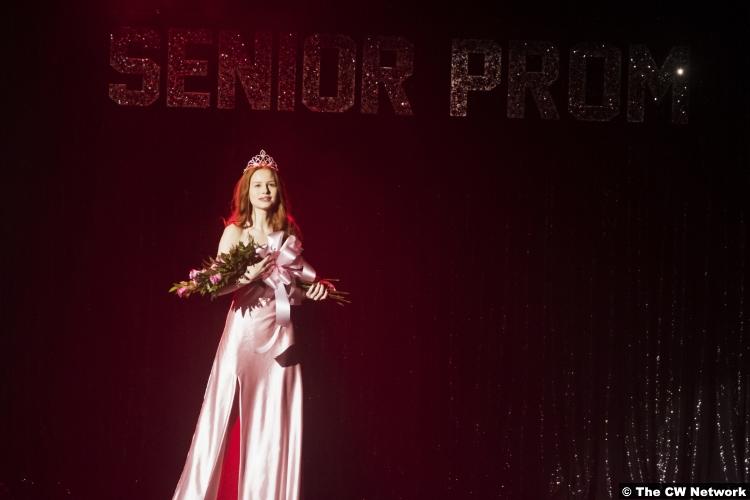Riverdale S02e18 Madelaine Petsch Cheryl Blossom