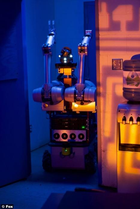 X Files S11e07 Robot