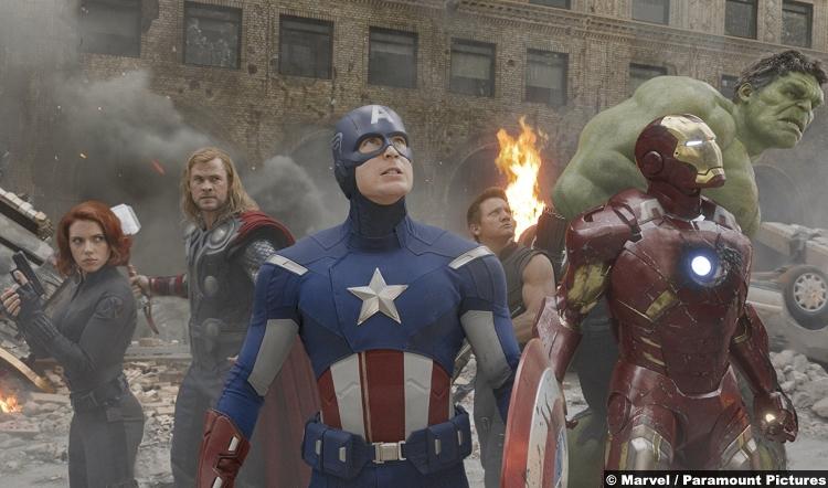 Avengers Assemble Robert Downey Jr Chris Evans Scarlett Johansson Jeremy Renner Mark Ruffalo Chris Hemsworth Black Widow Thor Captain America Hawkeye Iron Man Hulk