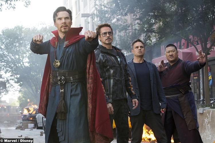 Avengers Infinity War Doctor Strange Iron Man Hulk Wong Robert Downey Jr Mark Ruffalo Benedict Wong Cumberbatch