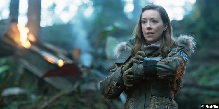 Lost Space S1 Molly Parker Maureen Robinson