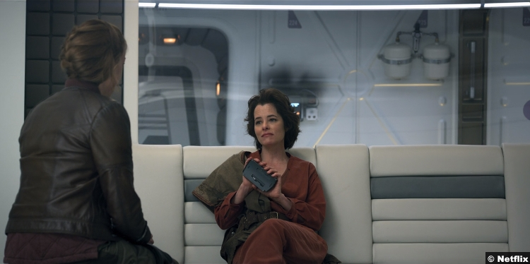 Lost Space S1 Parker Posey Dr Smith June Harris