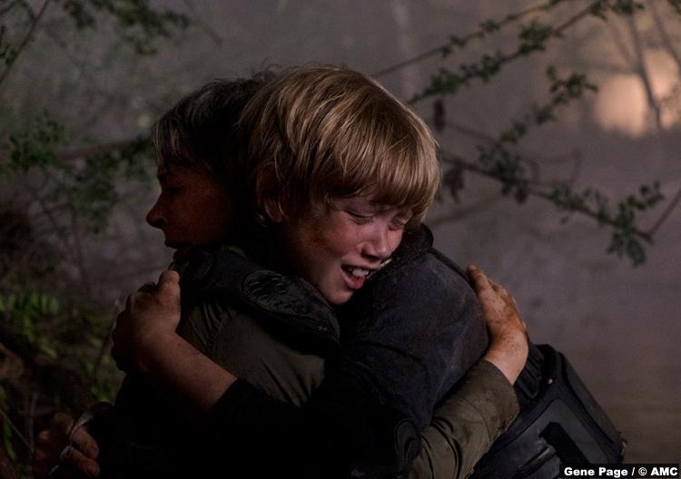 Walking Dead S08e14 Macsen Lintz Henry Melissa Mcbride Carol