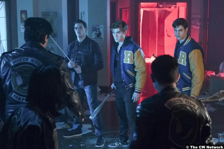 Riverdale S02e21 Kj Apa Archie Andrews Casey Cott Kevin