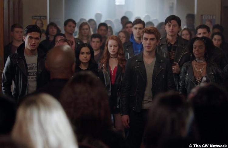 Riverdale S02e22 Group