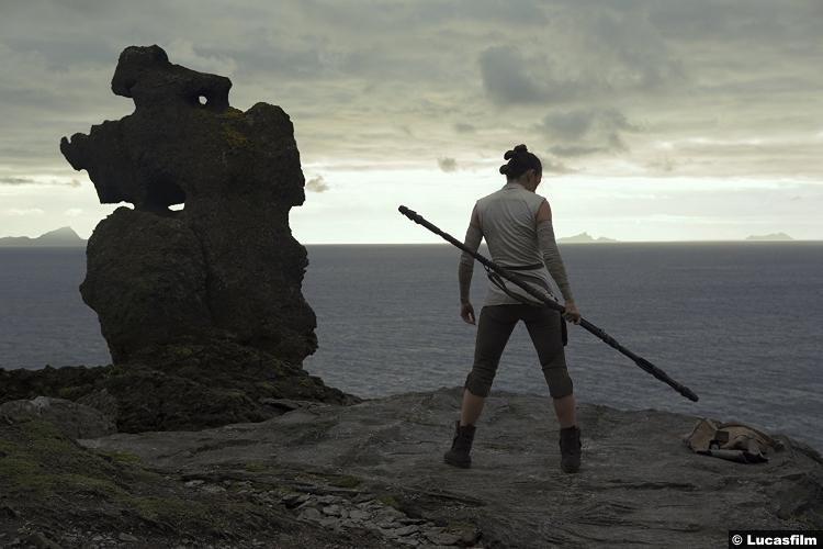 Star Wars Last Jedi Daisy Ridley Rey 3