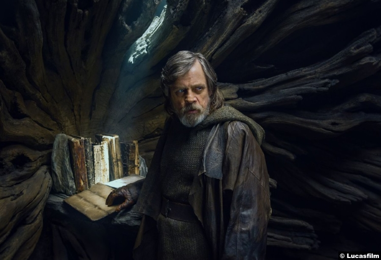 Star Wars Last Jedi Mark Hamill Luke Skywalker 4