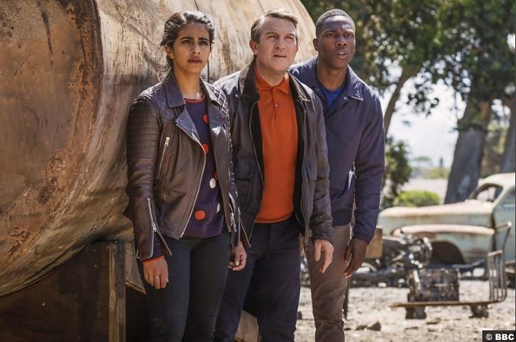 Doctor Who S011e03 Yasmin Mandip Gill Ryan Tosin Cole Graham Bradley Walsh